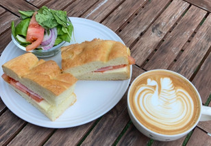 coffee&bakery Pause