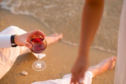 wine-1978545_1920.jpg
