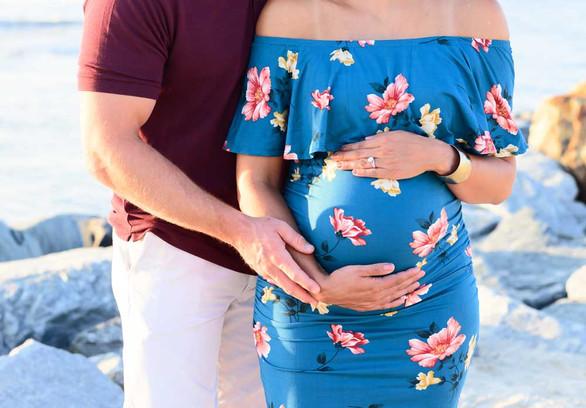 Maternity Photographer Lewes Delaware