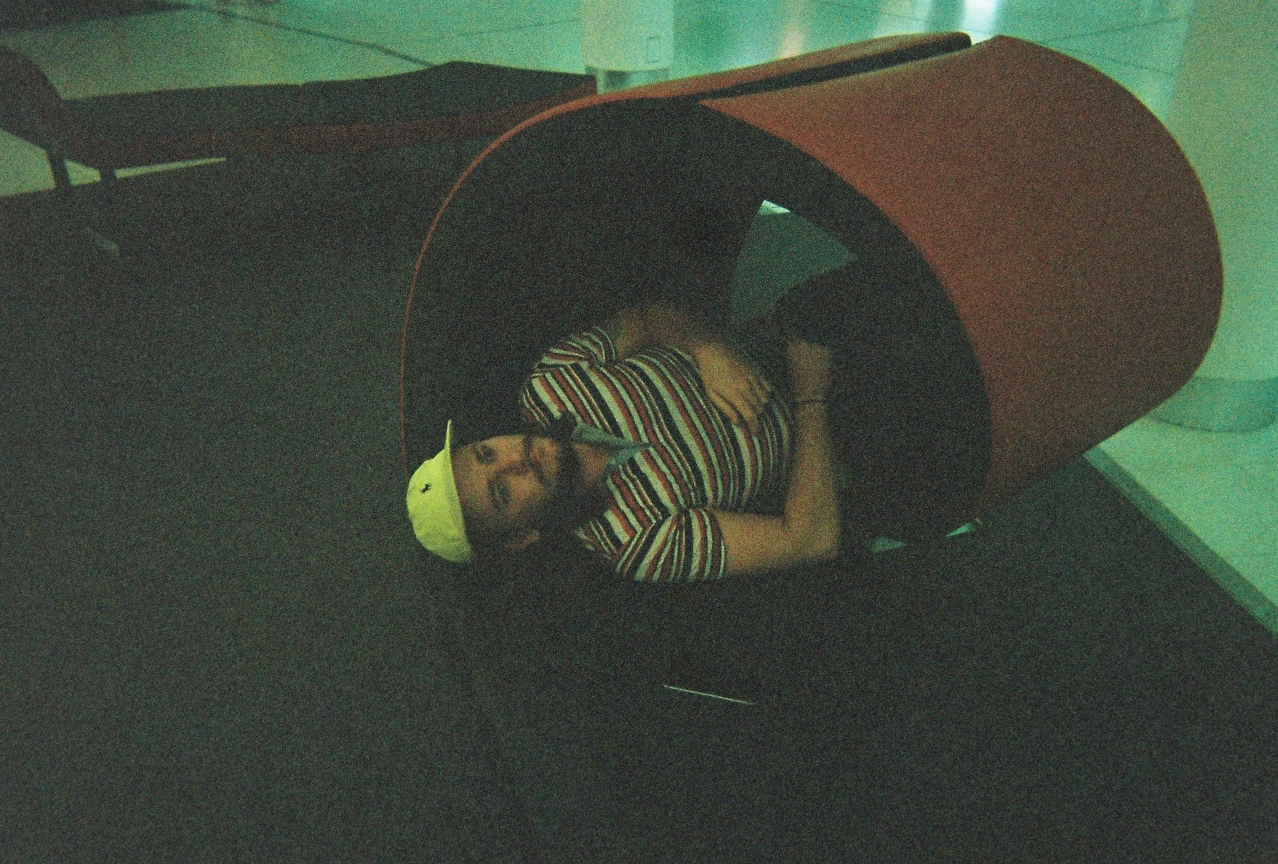 DISPOSABLES #4 : GOOD BOY