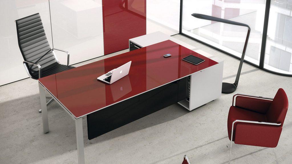 luxe_blanco_negro_rojo_oficina-1024x576.