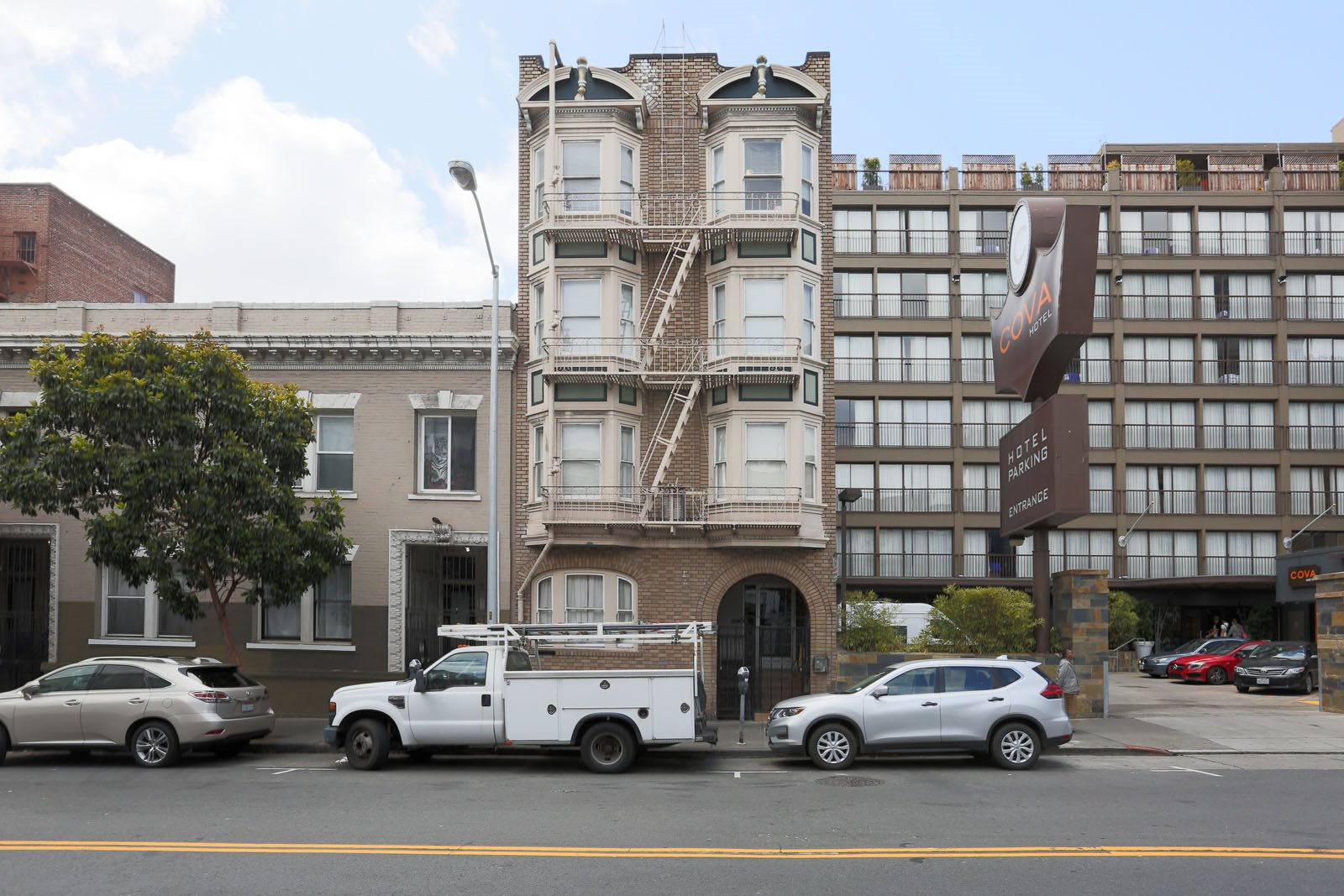 Elli Apt, San Francisco