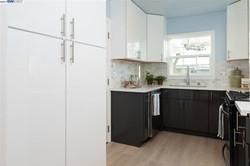 White Thermo Kitchen