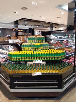 Lemon Juice and Olive Oil Displayment