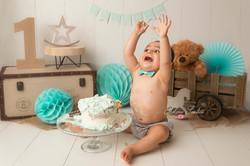 décor séance smash the cake garçon
