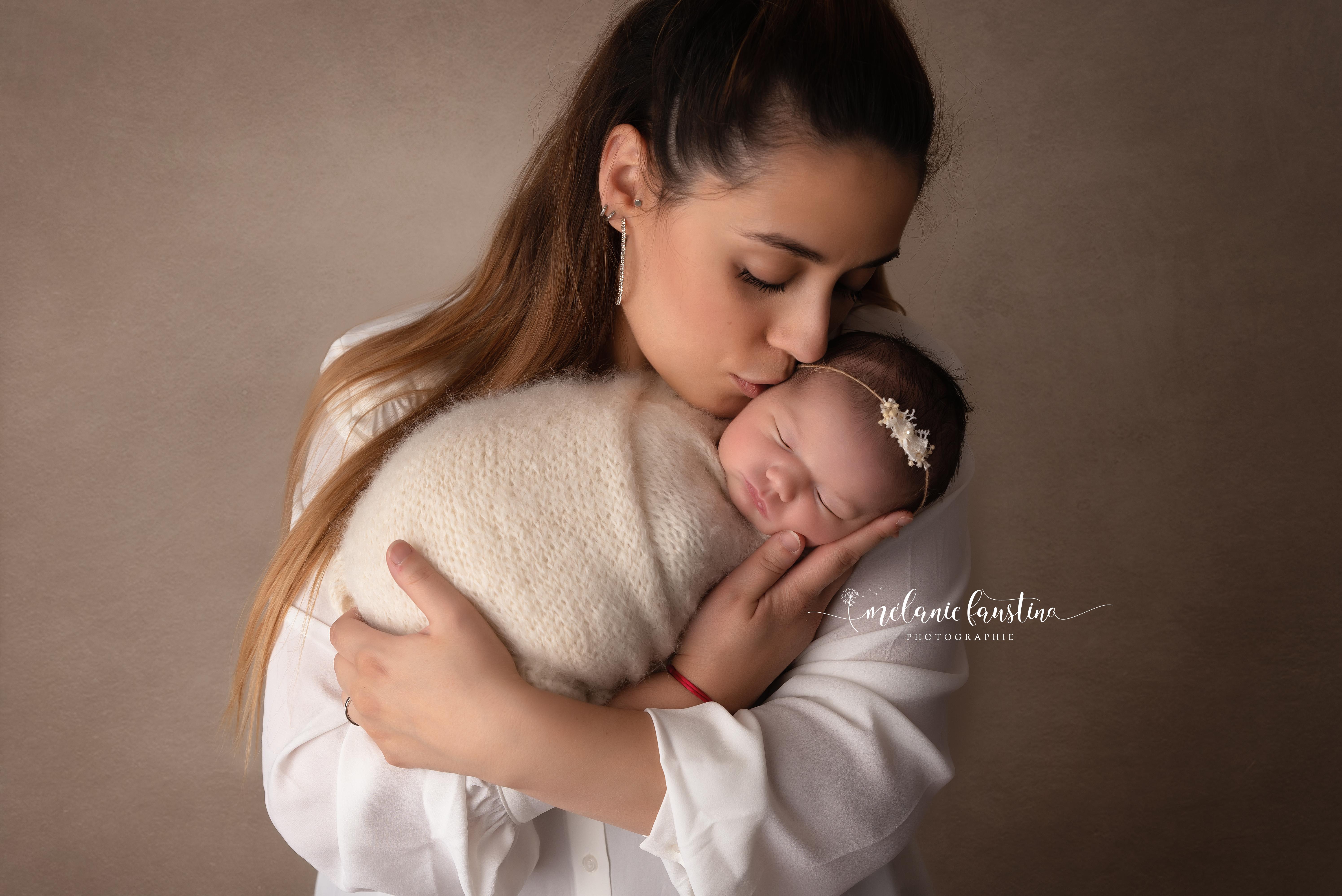 photo maman bébé naissance nouveau-né 94