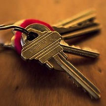 keys-300x199-250x250.jpg