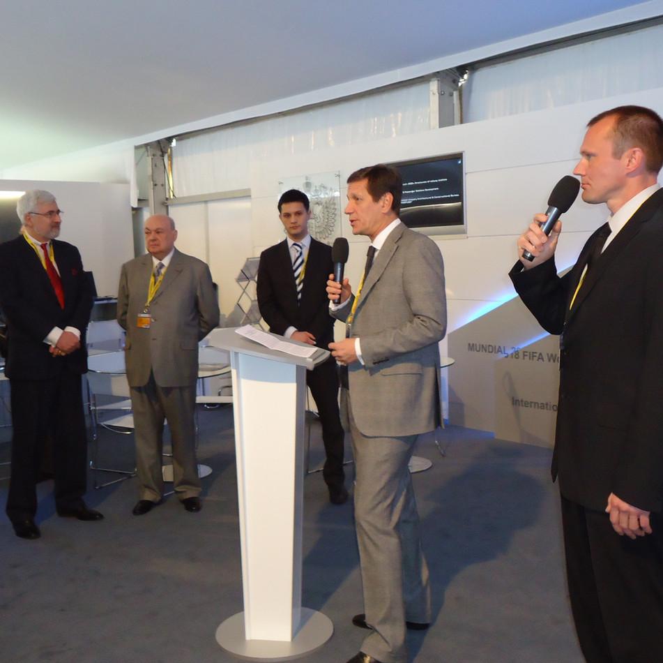 Alexandre Joukov, vice-premier ministre de la Fédération de Russie. Inauguration du stand russe, MIPIM 2011