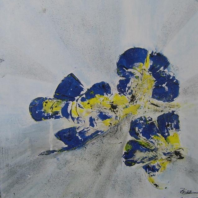 Blüten in blau