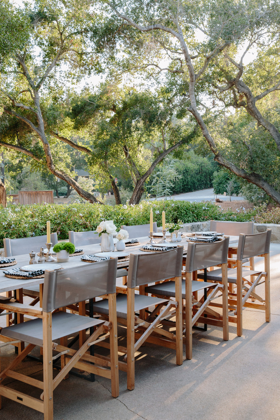 Ojai, Ca outdoor entertaining under the Oak trees by Lilly Walton Design