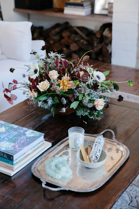 Fall flower arrangement by @ojalafloral coffee table styling by Lilly Walton Design in Ojai, Ca
