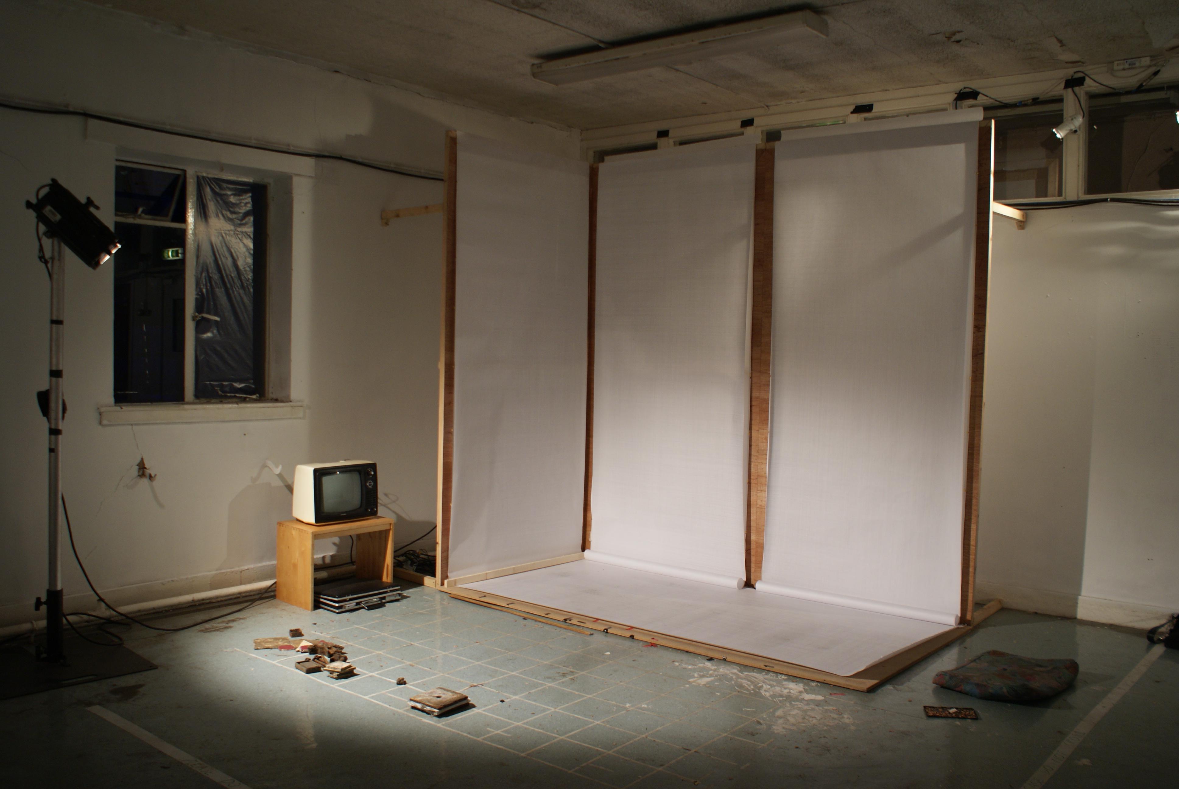 Intermeshed, Performance, 2016.