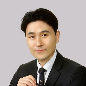 변호사-김민수.png