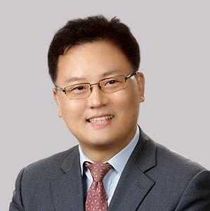 변호사-김태근.png
