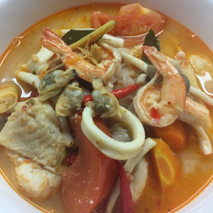 When it comes to Thai soups, Tom Yum is indisputably the most popular, and many would argue the most delicious, soup there is. It happens to also be a very easy recipe you can whip up on a weeknight, and all the herbs I used, lemongrass, galangal, kaffir lime leaves, can all be frozen and you can quickly throw them in directly from the freezer.