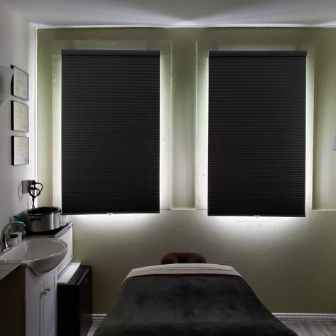 Treatment room8.jpg