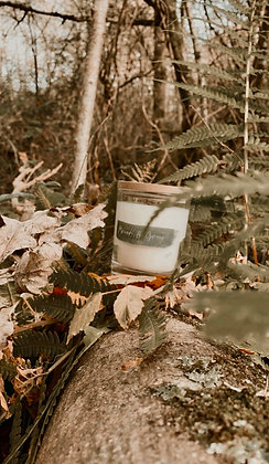 Hand poured soy candle - small (30-40 hours)