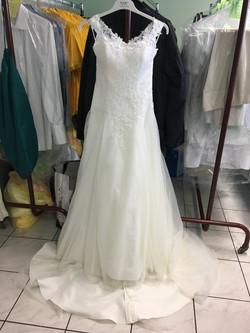 Hochzeitskleid_nachher.jpg