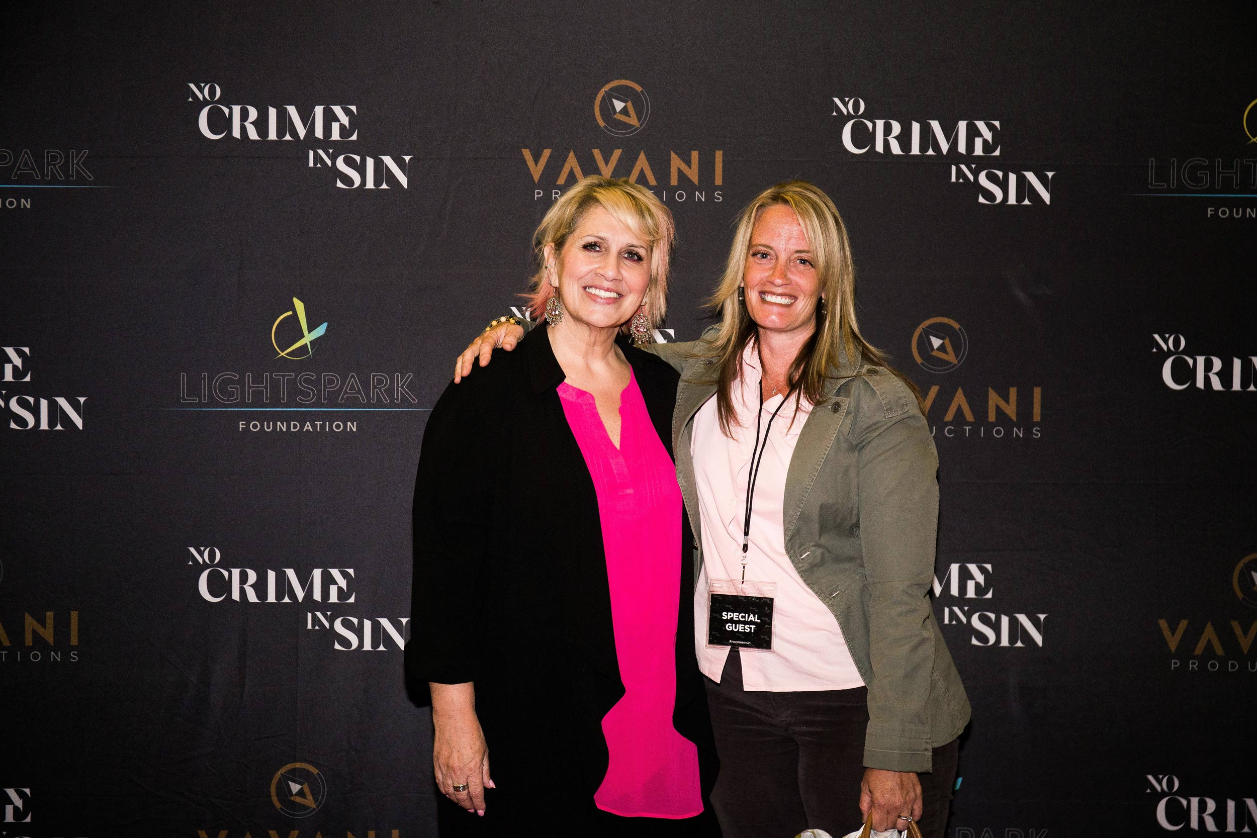 no-crime-in-sin_premiere-photos_57jpg