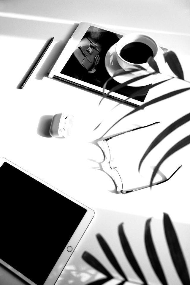 Modern%20Workspace_edited.jpg