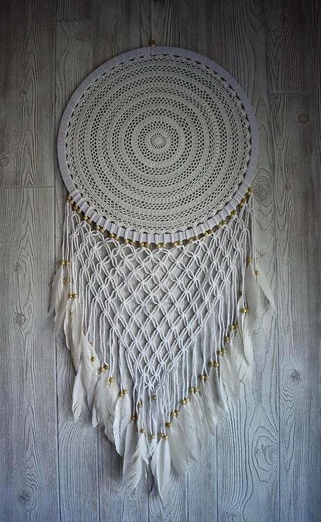 Gorgeous White Macrame Dream Weaver