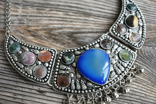 Gorgeous Healing Stone Choker Necklace