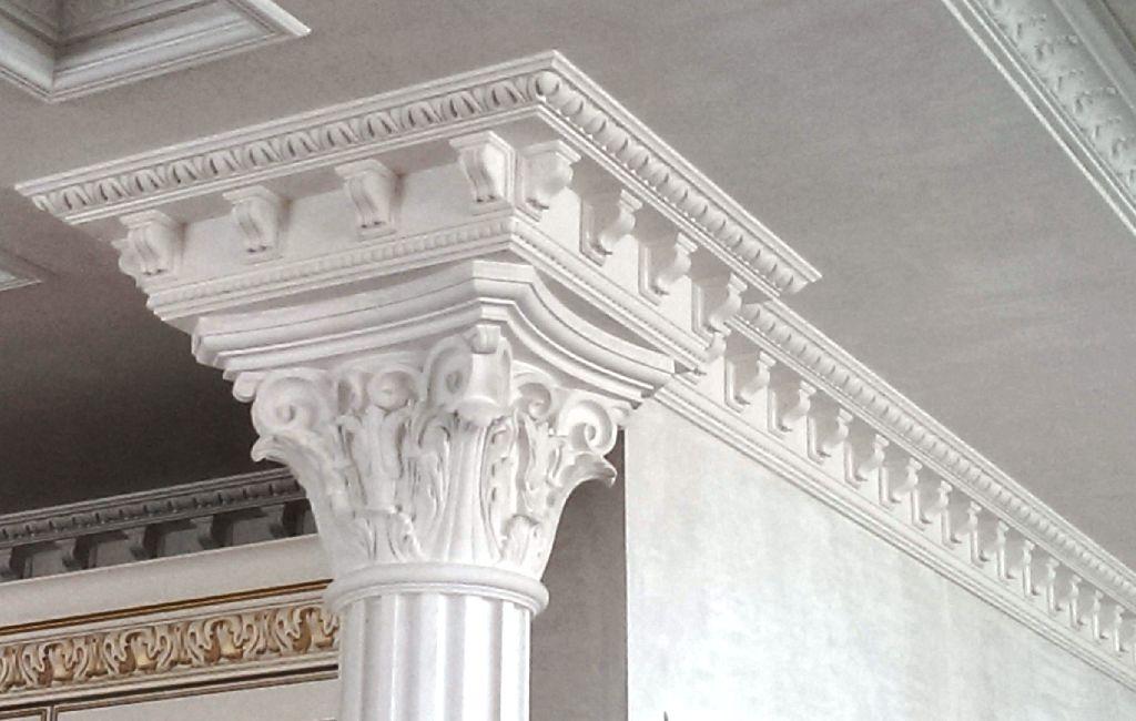 Гипсовые карнизы и гипсовые колонны