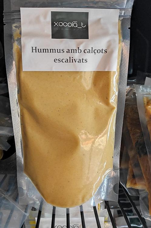 HUMMUS CON CALÇOTS ASADOS
