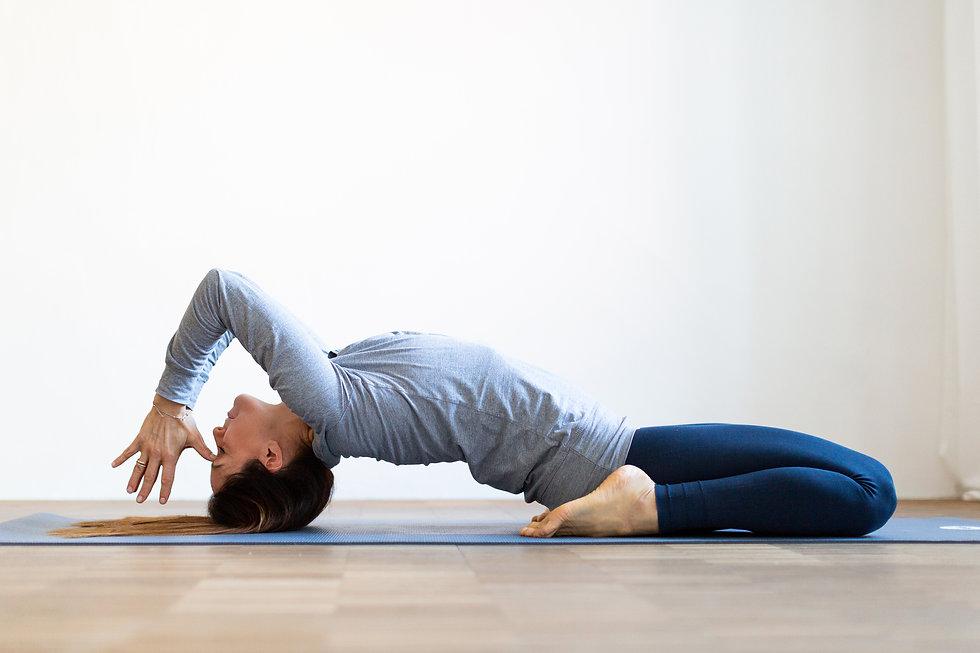 eli_yoga-1.JPG