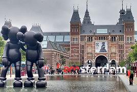 amsterdam-1643644_1920_edited.jpg
