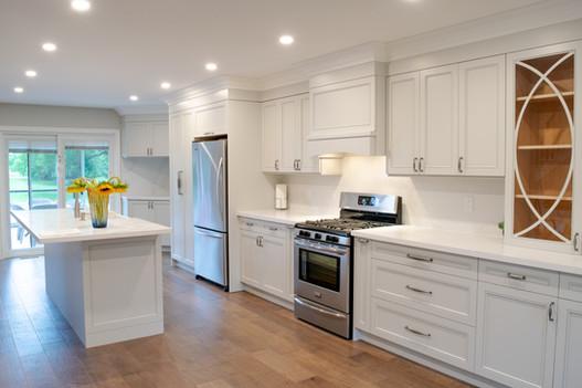 Shaker style  custom kitchen cabinets