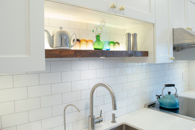 Custom kitchen cabinets in Toronto - solid wood decore with white modern kitchen.