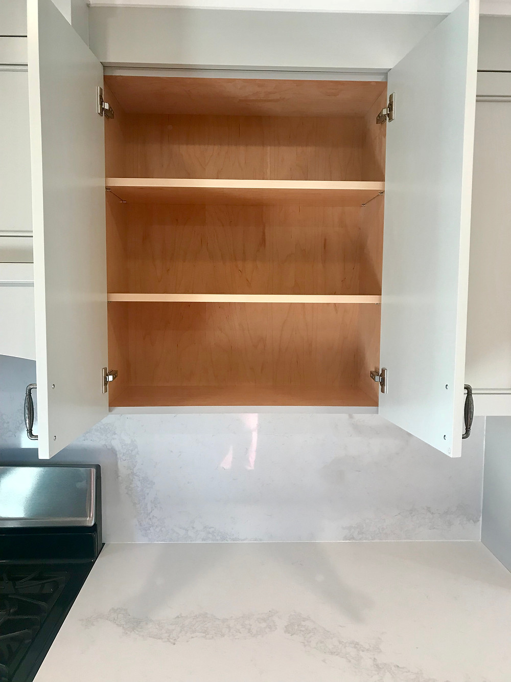 high-end custom kitchen cabinets  made of  maple plywood for life