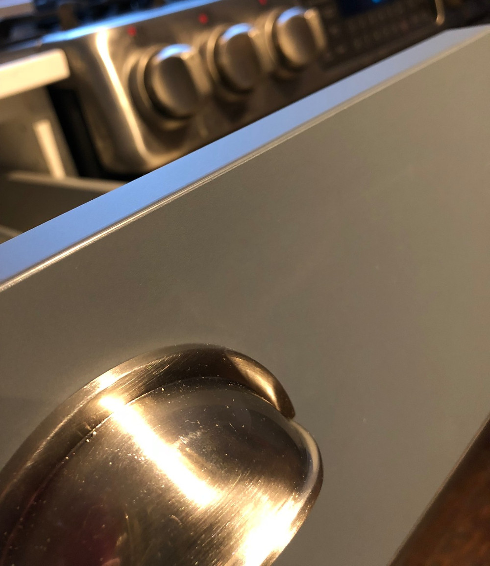 Matt kitchen cabinets in Toronto - perfect finish on doors