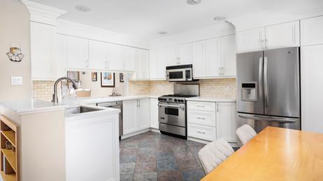 white-kitchen-cabinets --2.jpg