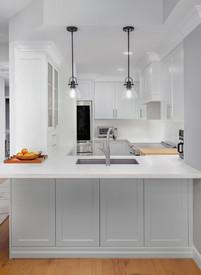 white kitchen cabinets toronto