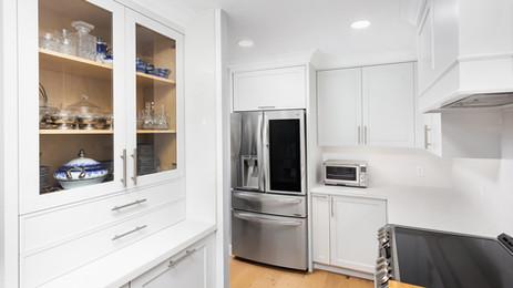 kitchen renovation toronto -white-kitche