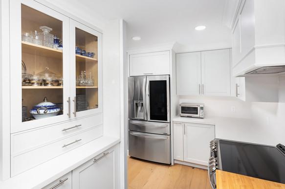 white kitchen cabinets toronto 2
