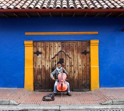 Bogota cello man edited.jpg