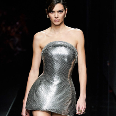 Versace's Gender-Fluid Runway at MFW