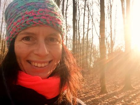 Rozhovor s Veronikou Hurdovou (Krkavčí matkou): O hejtrech, blikátkách a koukání do nebe