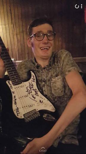 Vinner av gitar
