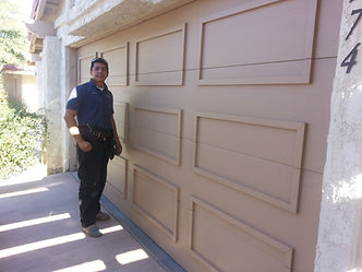 paint garage door Palm Desert