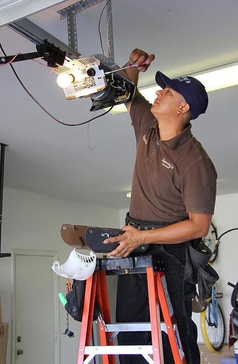 Garage door motor repair Palm Desert