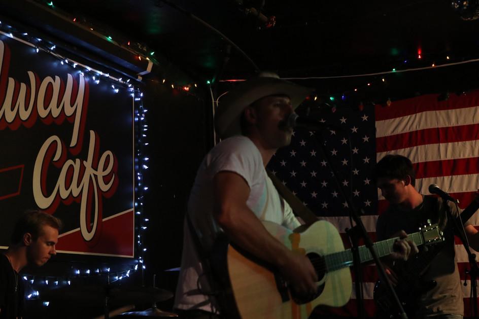 Doug Leonard @ 'Midway Cafe' 7/10/19