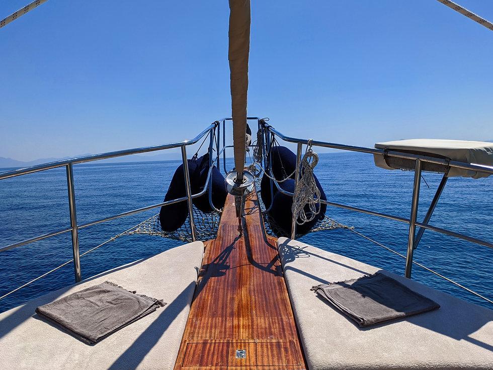 Sailing Chef Bow landscape.jpg