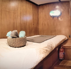 Single Bed Cabin - Romantic