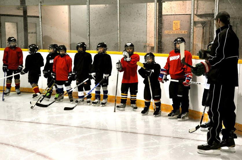 Hockey-school-port-macneill-british-columbia4