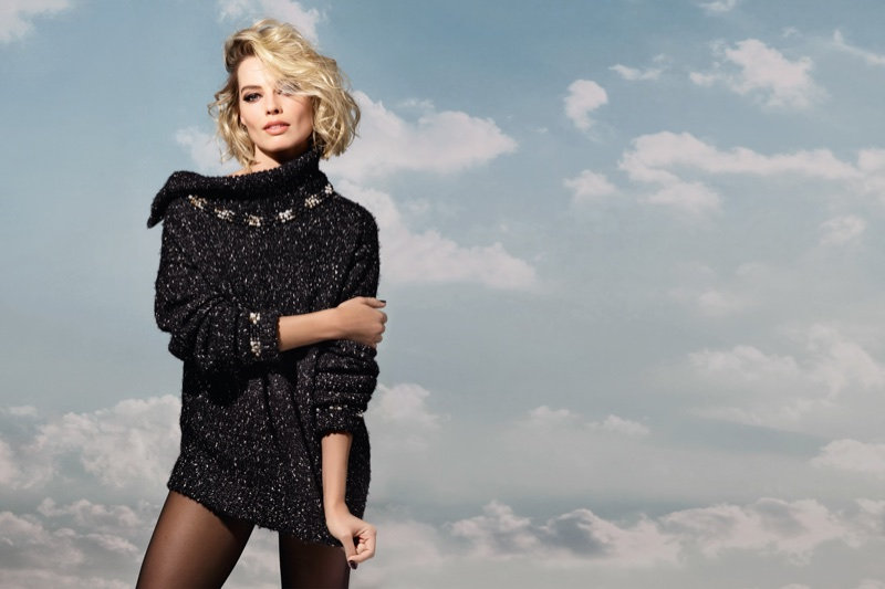 Margot-Robbie-Chanel-Coco-Neige-Campaign