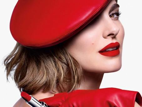 """Dior presenta sus nuevos labiales, """"Rouge Dior 2021"""" junto a la actriz Natalie Portman"""